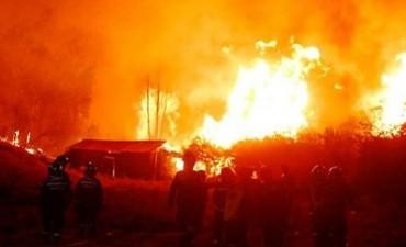 Bomberos de Adelia María rumbo a Chile, para intervenir en los incendios forestales