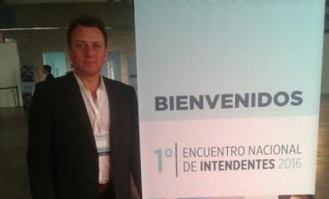 Rezza participó del Encuentro nacional de Intendentes
