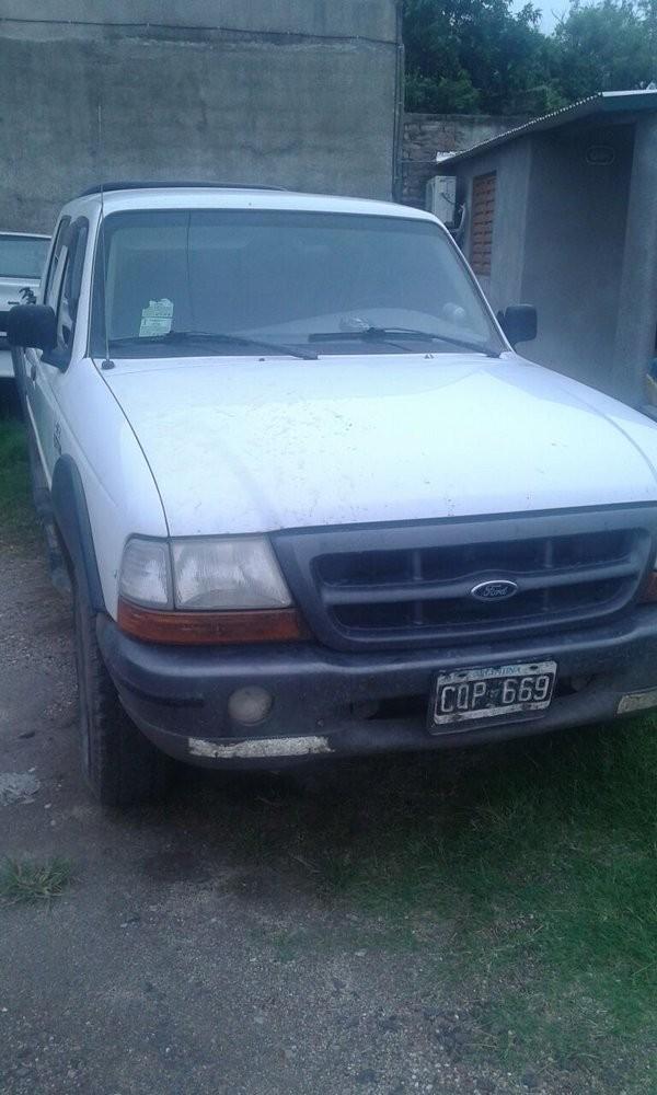 Retienen en Adelia María camioneta con pedido de secuestro