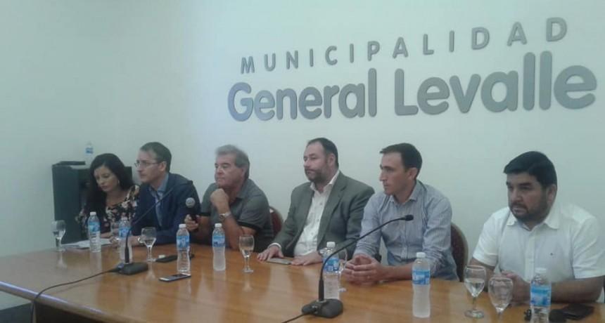La provincia convocó a Municipios y Productores para informar sobre la Ruta 10. Partició Marino