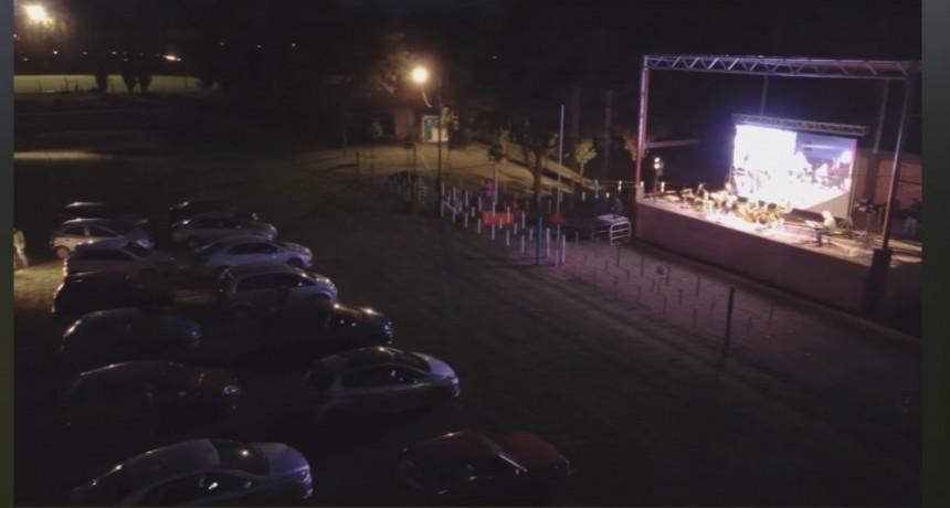 La Escuela Municipal de Música festejó los 10 años con un original evento