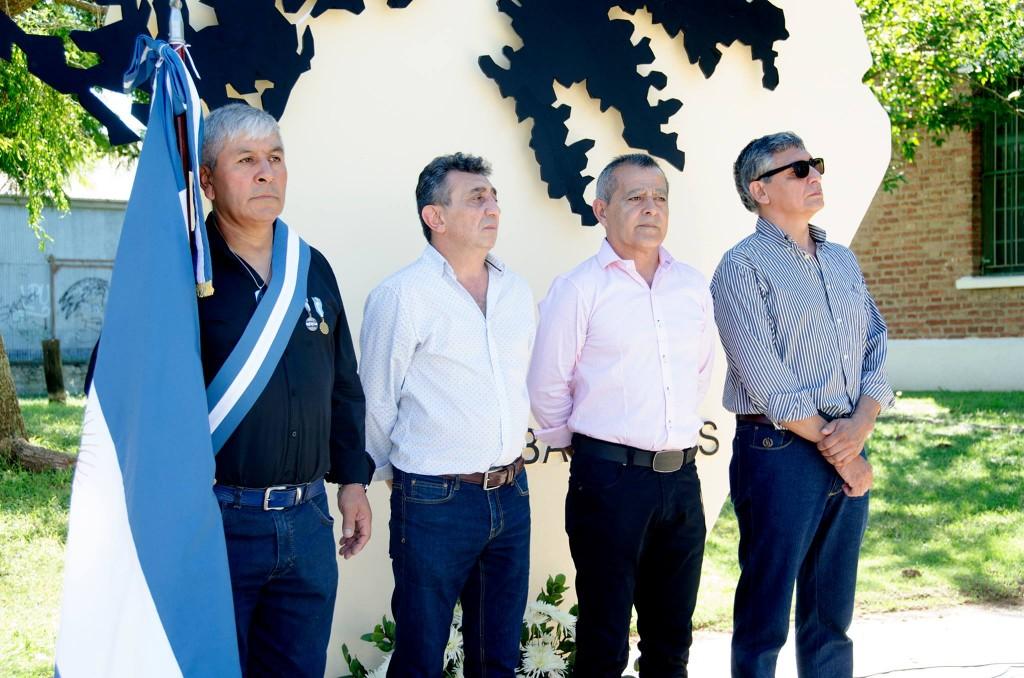 EMOTIVO ACTO A 37 AÑOS DE LA GUERRA DE MALVINAS