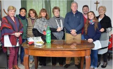 Recibieron a los alumnos y Directora de la Escuela de Danzas en el despacho del Intendente.