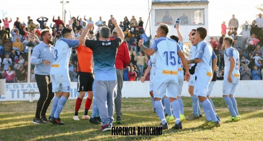 Municipal, dueño de Adelia al ganar el Clásico.