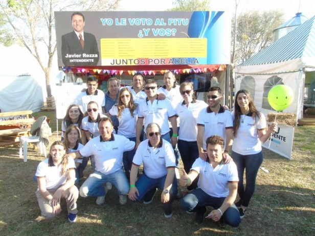 Juntos Por Adelia cierra la campaña con caravana y fiesta popular