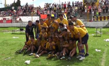 Catlegoría Sub 15 de Atlético AM ganó la final de la Zona Campeonato
