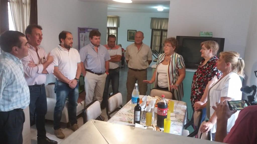 Importante donación de Cooperativas de Adelia María